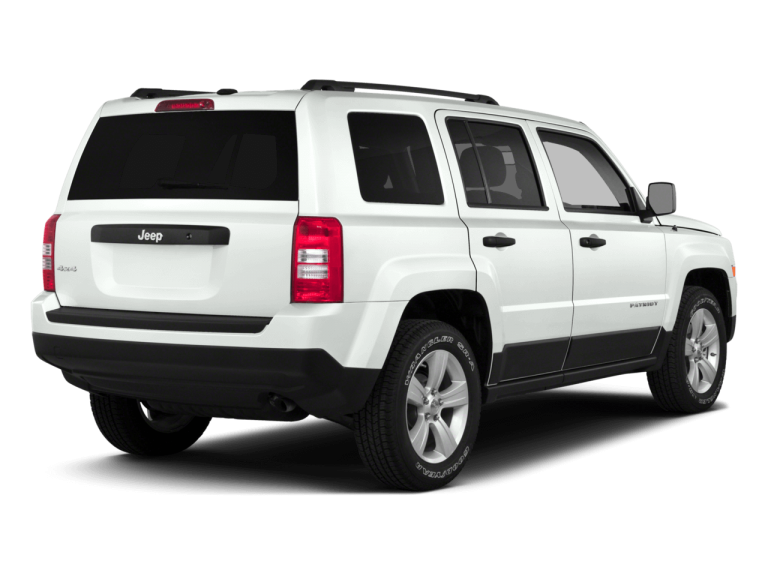 White Jeep Patriot - Rear View | Carsure